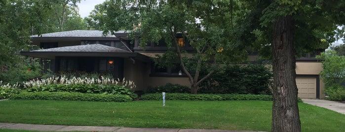 Walter V. Davidson House is one of Frank Lloyd Wright.