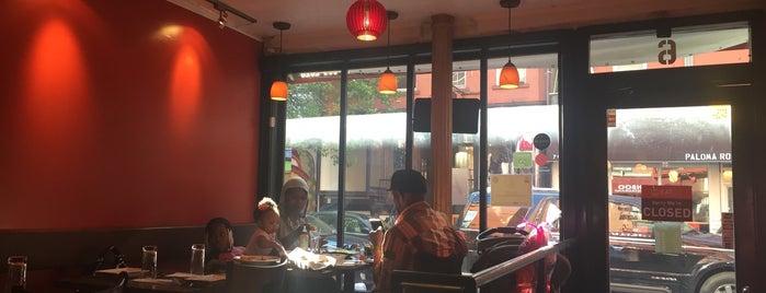 Khushboo Indian Restaurant is one of Vivienne'nin Beğendiği Mekanlar.