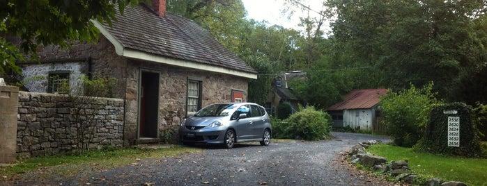 The Inn at Phillipps Mill is one of Lizzie'nin Kaydettiği Mekanlar.