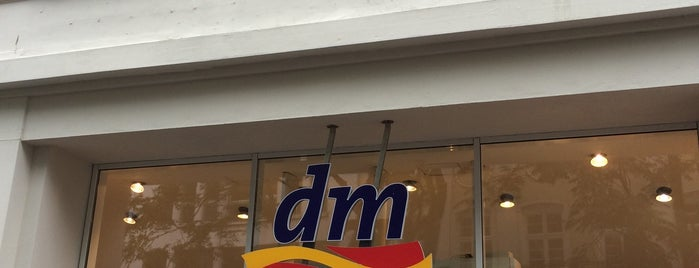 dm-drogerie markt is one of Lugares favoritos de Tino.