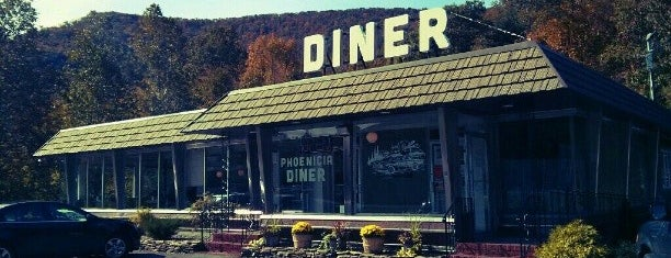 Phoenicia Diner is one of Locais curtidos por Erik.