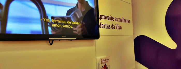 Vivo (Ponta Negra Shopping) is one of SemRumo :}.