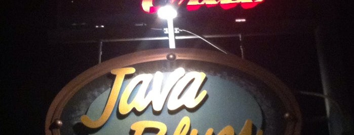 Java Blues (Bar & Grill) is one of Tempat yang Disukai Debra.