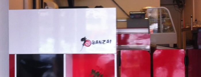 Banzai Sushi Delivery is one of สถานที่ที่ Bericote ถูกใจ.
