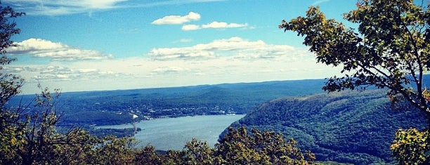 The Top Of Bear Mountain is one of Upstate.