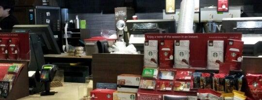 Starbucks is one of Orte, die TC Lütfiye gefallen.