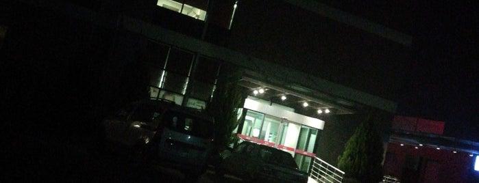 Özel Aile Konak Hastanesi is one of Lugares favoritos de Funda.