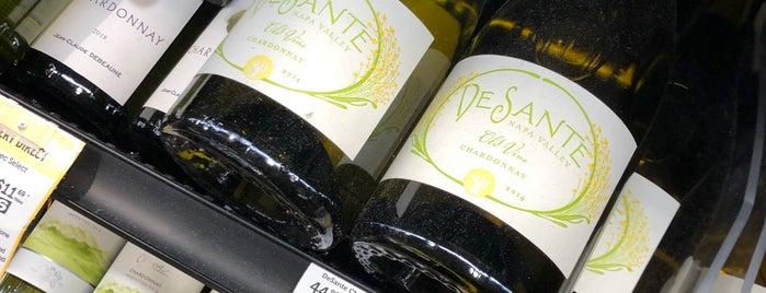 Total Wine Spirits & More is one of Orte, die Tim gefallen.
