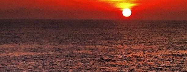 Playa Rinconcito is one of สถานที่ที่ Maira ถูกใจ.