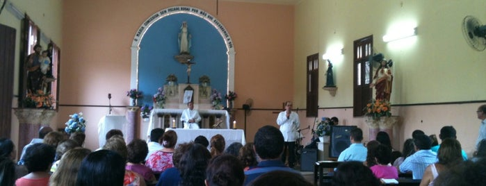 Capela Nossa Sra. Das Graças is one of Arquidiocese de Fortaleza'nın Kaydettiği Mekanlar.