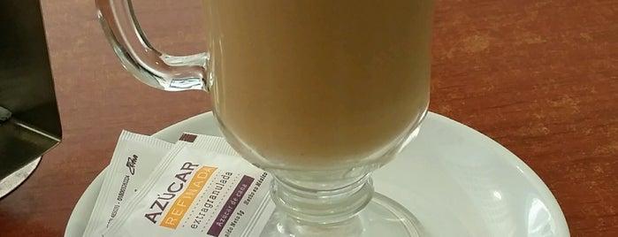 Cafe Villarias is one of Lugares favoritos de Danny.