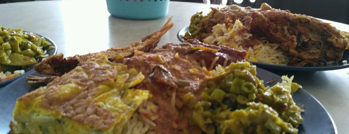 Merican Nasi Kandar@ Melo Cafe is one of Orte, die See Lok gefallen.