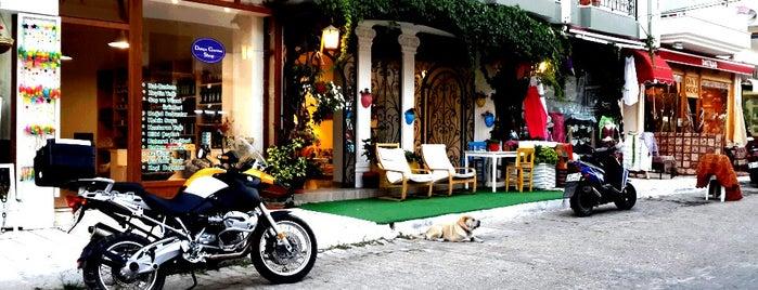 Bora Hotel is one of Neslihan'ın Beğendiği Mekanlar.