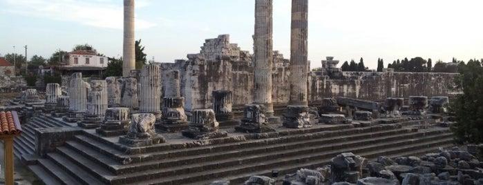 Apollon Tapınağı - Temple Of Apollon is one of * GİDİYORUZ :)).