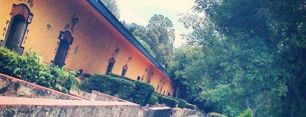 Centro Vacacional La Trinidad is one of Lugares guardados de Erendira.