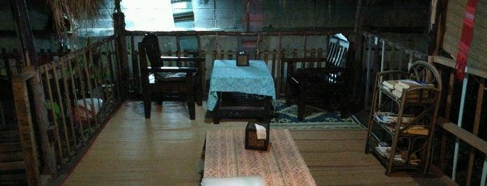 Bodhi Tree Cafe is one of Orte, die Raphael gefallen.