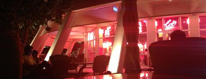 Cafe 55 is one of สถานที่ที่บันทึกไว้ของ Queen.