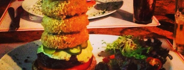 Big Kahuna Burger is one of Gordinhos recommends!.