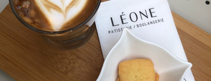 Léone Patisserie & Boulangerie is one of Lieux qui ont plu à Onur.