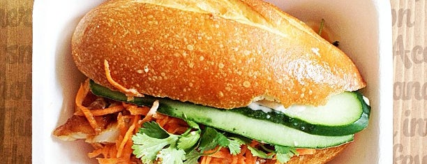Num Pang Sandwich Shop is one of Locais curtidos por Ishan.