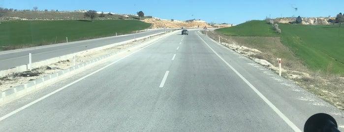 Uşak Denizli Yolu is one of Mine'nin Beğendiği Mekanlar.