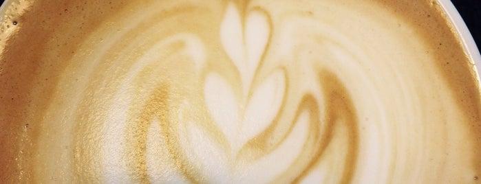 Hay Café Café is one of Deli.