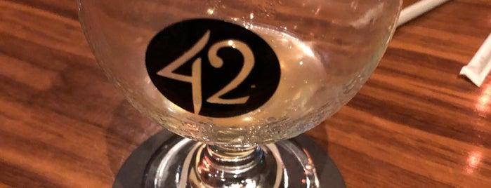 Tap 42 Gables is one of Orte, die Beverly gefallen.