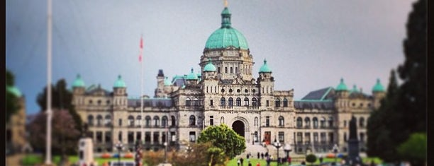 British Columbia Parliament Buildings is one of Lugares favoritos de Crispin.