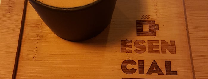 Barra de café Esencial is one of CAFÉ top places.
