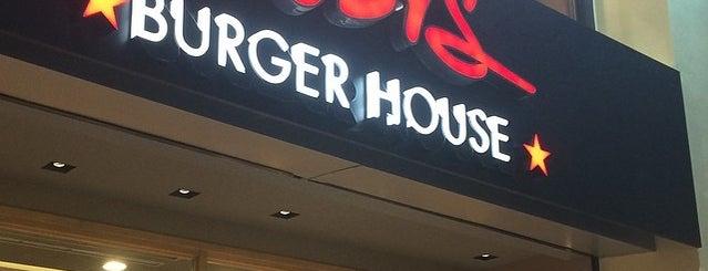 Goody's Burger House is one of Gespeicherte Orte von Argyri.