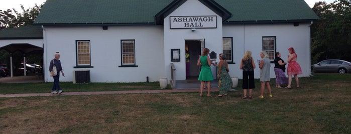 Ashawagh Hall is one of Annie : понравившиеся места.