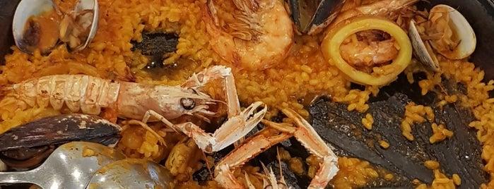 La Esquina is one of Restaurantes con encanto.
