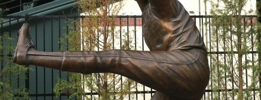 Jim Palmer sculpture by Toby Mendez is one of Baltimore, MD.