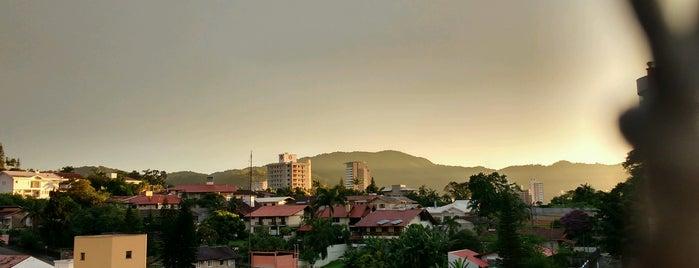 Condomínio Viña del Mar is one of สถานที่ที่ Sabrina ถูกใจ.