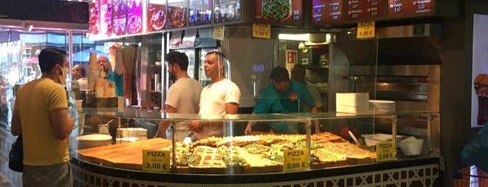 Pergamon Döner & Pizza is one of Friends.