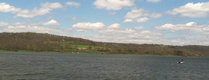 Lake Galena / Peace Valley Park Trail is one of Places I have gone.