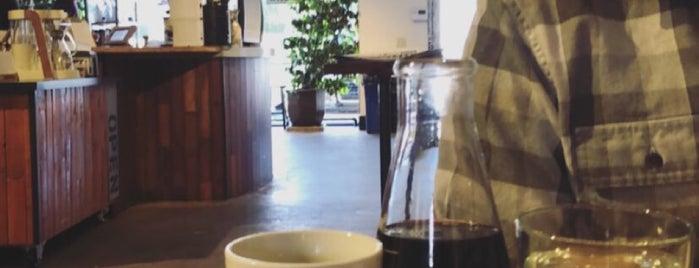 Double Shot Coffee is one of Nina : понравившиеся места.