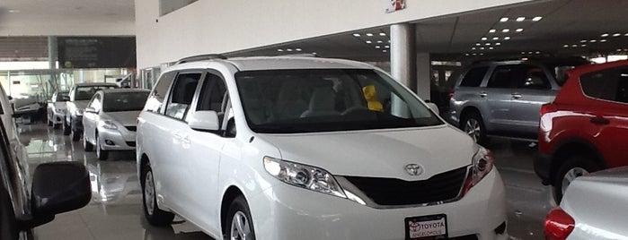 Toyota Angelópolis is one of Posti che sono piaciuti a Jocelyn.
