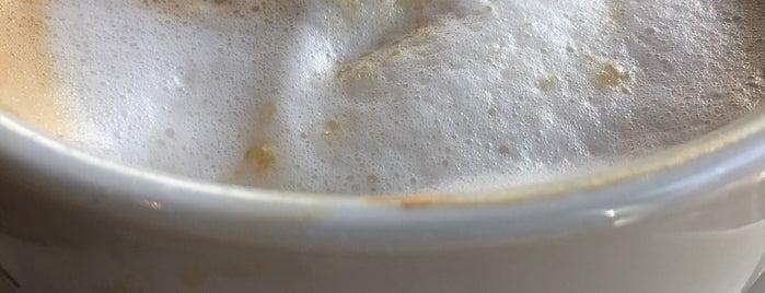 Costa Coffee is one of Krzysztof : понравившиеся места.