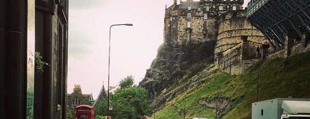Castle Rock Hostel is one of Edinburgh.
