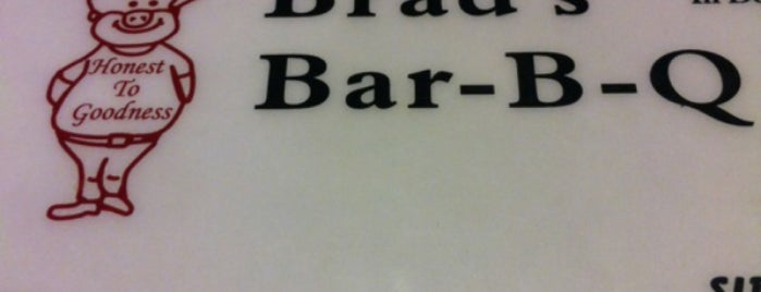 Brad's Bar-B-Q is one of Locais salvos de Molly.