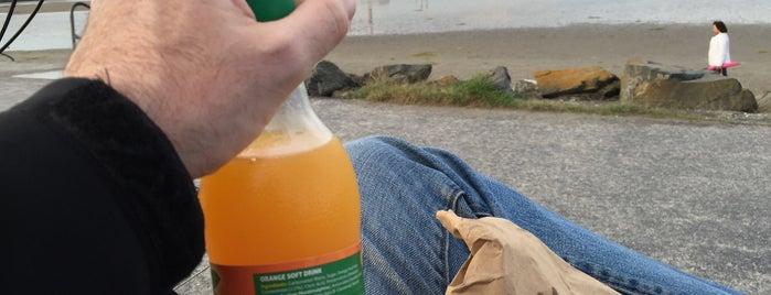 Borza's is one of Posti che sono piaciuti a Michæl.