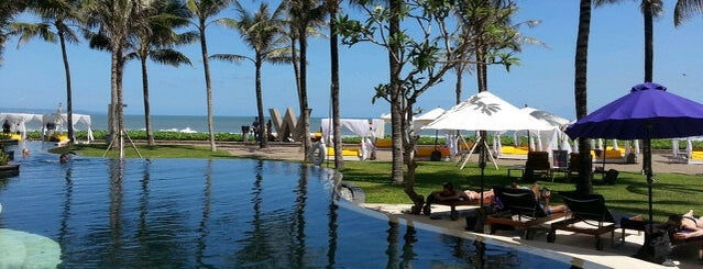 W Retreat & Spa is one of SOUTH EAST ASIA Island Hopping Resorts.