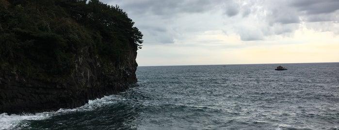 소정방폭포 is one of Orte, die 블루씨 gefallen.
