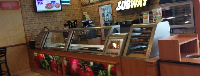 Subway is one of Kevin : понравившиеся места.