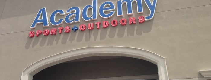 Academy Sports + Outdoors is one of Jaime'nin Beğendiği Mekanlar.
