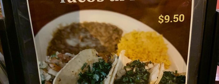 Taco Rico Tex-Mex Cafe is one of T R'ın Beğendiği Mekanlar.