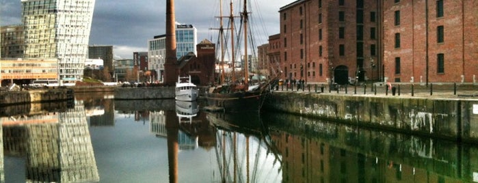 Merseyside Maritime Museum is one of Favorite places in the UK.
