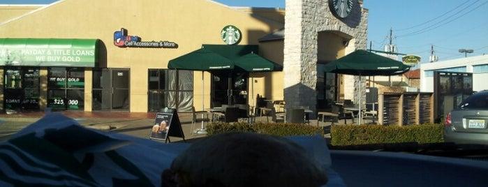Starbucks is one of สถานที่ที่ Jessica ถูกใจ.