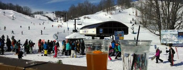 Vista Bar At Crystal Mountain is one of Lieux qui ont plu à Matt.